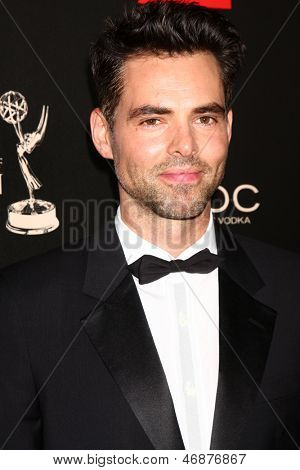 LOS ANGELES - JUN 16:  Jason Thompson arrives at the 40th Daytime Emmy Awards at the Skirball Cultural Center on June 16, 2013 in Los Angeles, CA