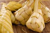 picture of malaysian food  - Ketupat or packed rice dumpling - JPG