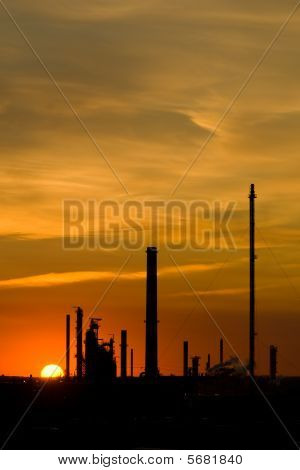 Sunset industrial con copia espacio