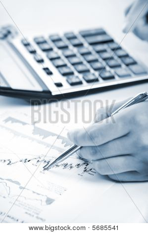 Analyzing Stock Charts
