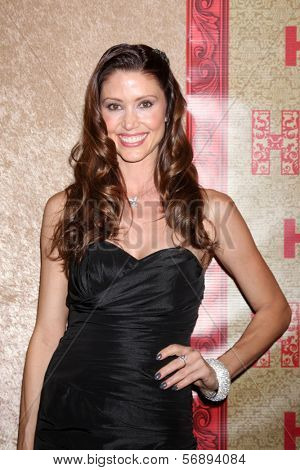 vLOS ANGELES - JAN 12:  Shannon Elizabeth at the HBO 2014 Golden Globe Party  at Beverly Hilton Hotel on January 12, 2014 in Beverly Hills, CA