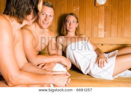 Gente en la sauna