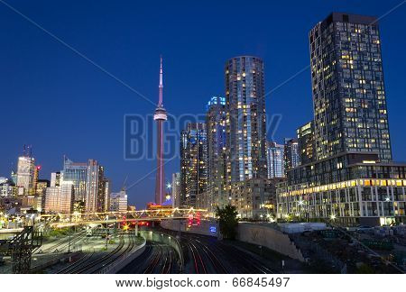 Toronto Condos And The Cn Tower
