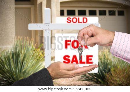 Blank Home für Verkauf Zeichen