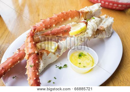 Cooked Alaskan King Crab Legs