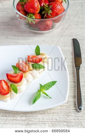 Meringue Cake With Cream And Fresh Strawberries