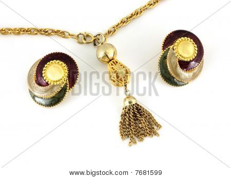 Close View Necklace and Earrings