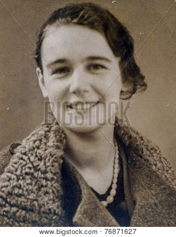 GERMANY, CIRCA 1935:  Vintage photo of woman