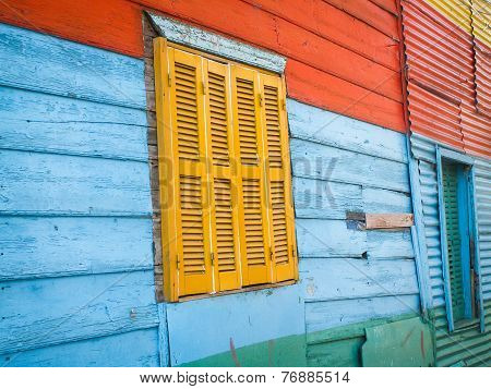 La Boca Window Frame