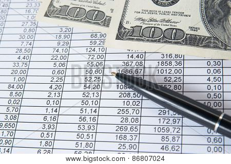 Money With Financial Table