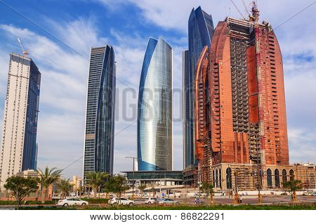ABU DHABI, UAE - MARCH 29: New hotel building under construction in Abu Dhabi on March 29, 2014, UAE. Abu Dhabi is the capital and the second most populous city of the United Arab Emirates.