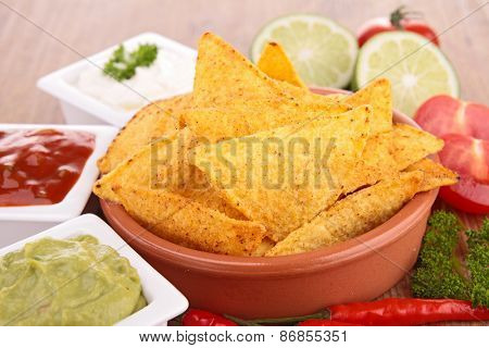 tortilla chip and dips