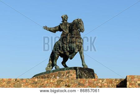 Equestrian monument to Empress Elizabeth