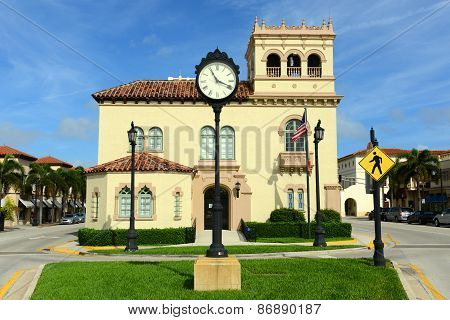 Palm Beach Town Hall, Florida