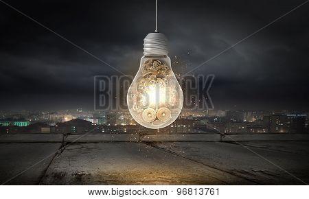 Light bulb with cogwheels