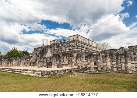 Temple Of Warriors  In Chichen Itza