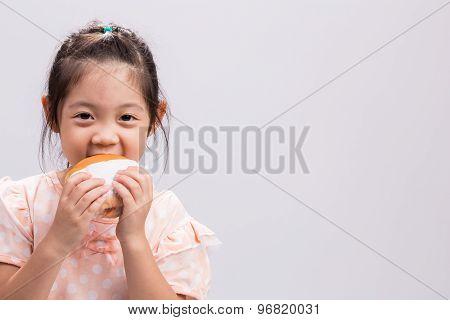 Child Eating Hamburger / Child Eating Hamburger Background
