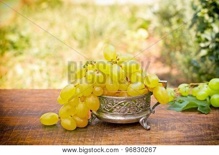 Fresh green - white grapes