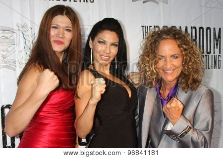 LOS ANGELES - JUL 23:  Carolin Von Petzholdt, Crystal Santos, Ursel Walldorf at the