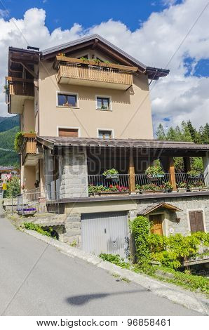 Italian Alpine urban commune of Ponte di Legno