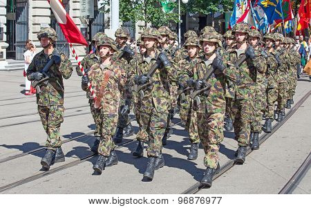 ZURICH - AUGUST 1: Infantry divisionof the Swiss army taking part in the Swiss National Day parade on August 1, 2012 in Zurich, Switzerland.