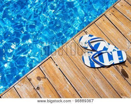Flip flops on a pool