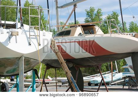 Repair Sailing Yachts