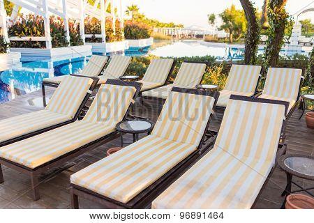 Bed pool deck