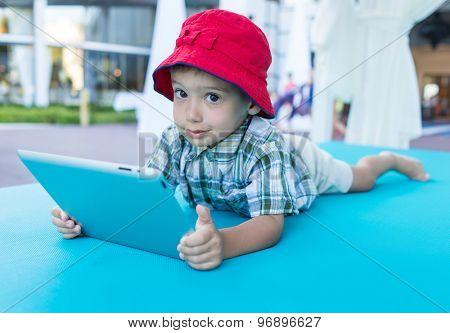 Enjoying childhood using tablet