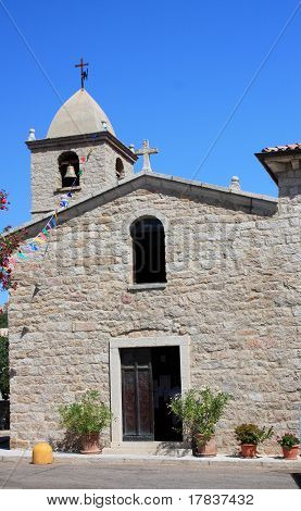 Land-Kirche in San Pantaleo, Sardinien