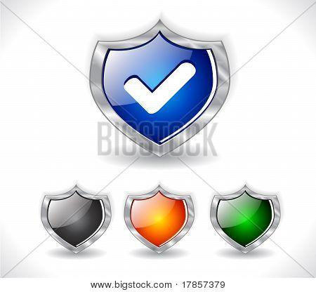 Escudos con el icono de la web. Vector.