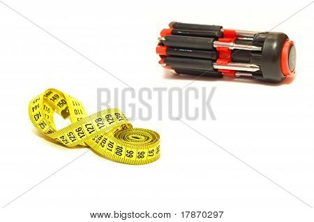 Universal screwdriver and measuring tape