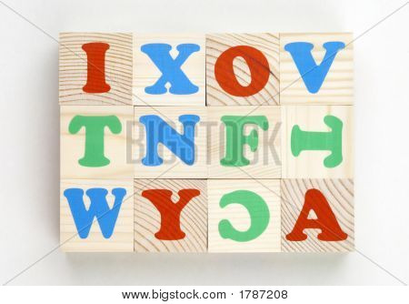 Bricks Alphabet Kit