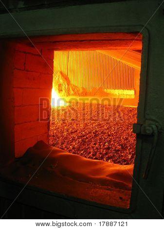 Fuego en el caldero ardiente