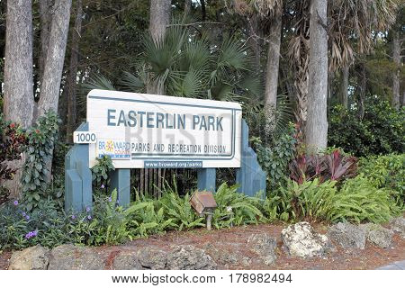 Oakland Park FL USA - November 8 2016: Entrance sign outside of Easterlin Park at 1000 NW 38th Street. Easterlin Park entrance sign in NW Broward County.