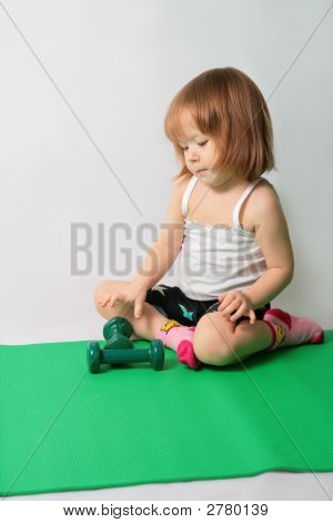 Small Girl Intends  To Power Training
