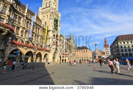 Munich -Sept 1, 2008: Tourists Wondering Around
