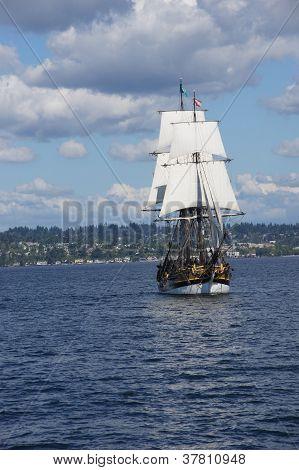 The Wooden Brig, Lady Washington