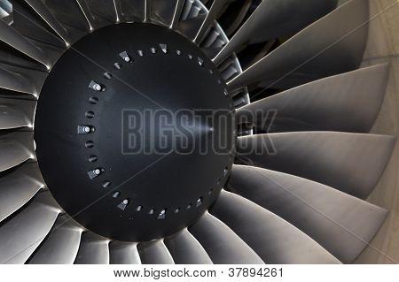 avião de passageiros do motor a jato