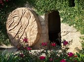 foto of jesus  - The Empty Tomb of Jesus with the stone rolled away - JPG
