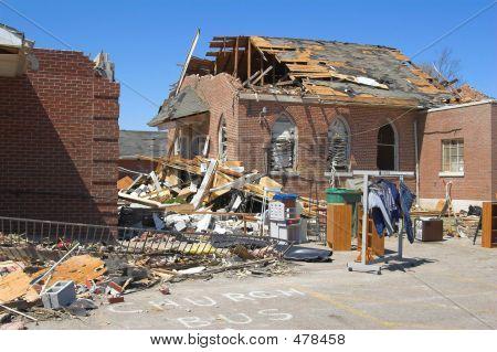 Tornado danos Kentucky