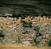 foto of dogon  - Old granaries Dogon village Teli Mali - JPG