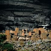image of dogon  - Old granaries Dogon village Teli Mali - JPG