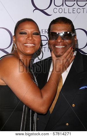 Queen Latifah and father Lance Owens at Queen Latifah's Birthday Party presented by Cover Girl Queen Collection. Club Light, Hollywood, CA. 03-28-09