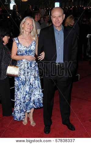 Suzanne Newlander Arkin and Alan Arkin   at Los Angeles Premiere of 'Marley and Me'. Mann Village Theater, Los Angeles, CA. 12-11-08