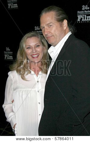 Susan Bridges and Jeff Bridges at the 24th Santa Barbara Film Festival Opening Night Screening of 'Nothing But the Truth'. Arlington Theatre, Santa Barbara, CA. 01-22-09