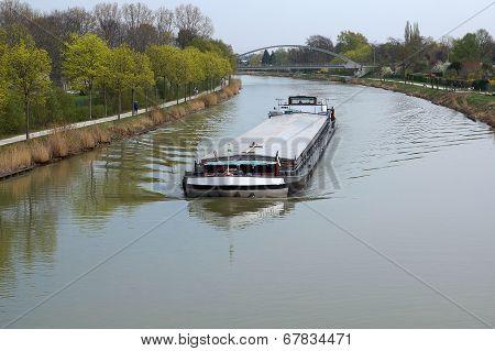 Midland or Mittelland Canal