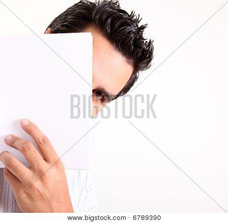 Hombre oculto