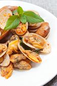picture of clam  - stir fried clams with roasted chilli paste and thai basil leaves - JPG