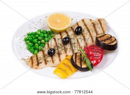 Grilled fillet with vegetables